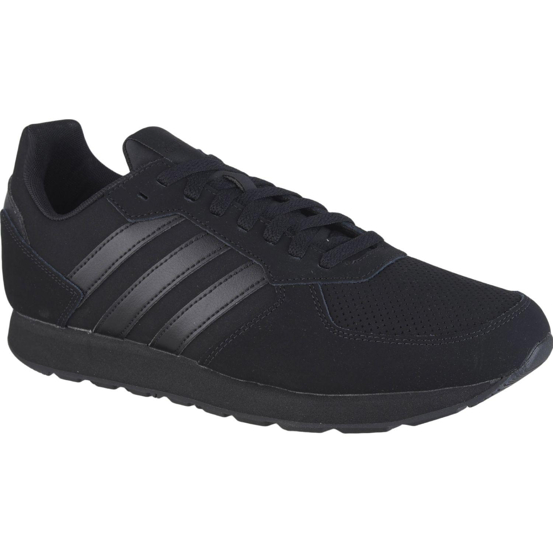 Adidas 8K Negro Running en pista