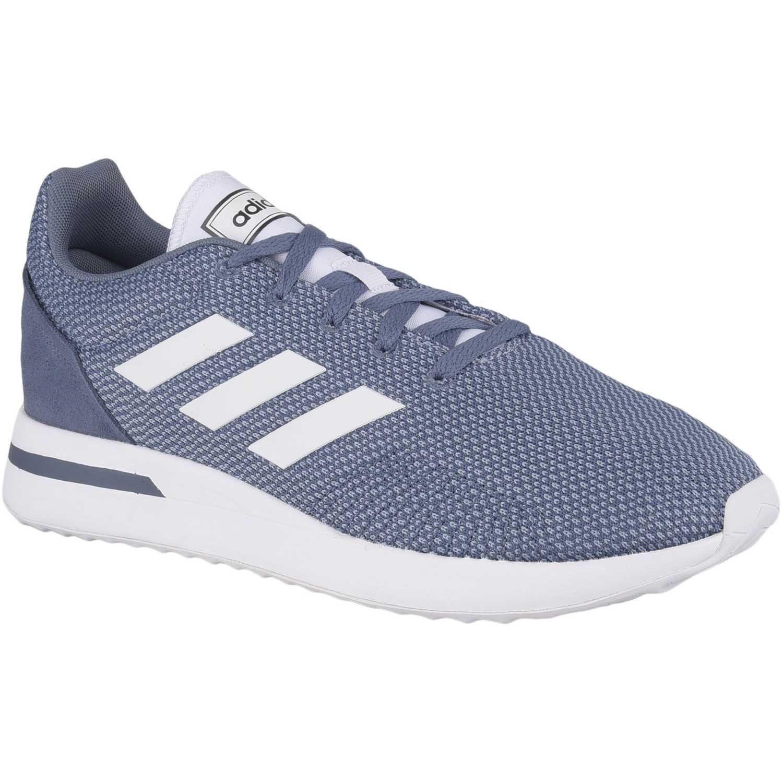 Adidas run70s Acero Running en pista
