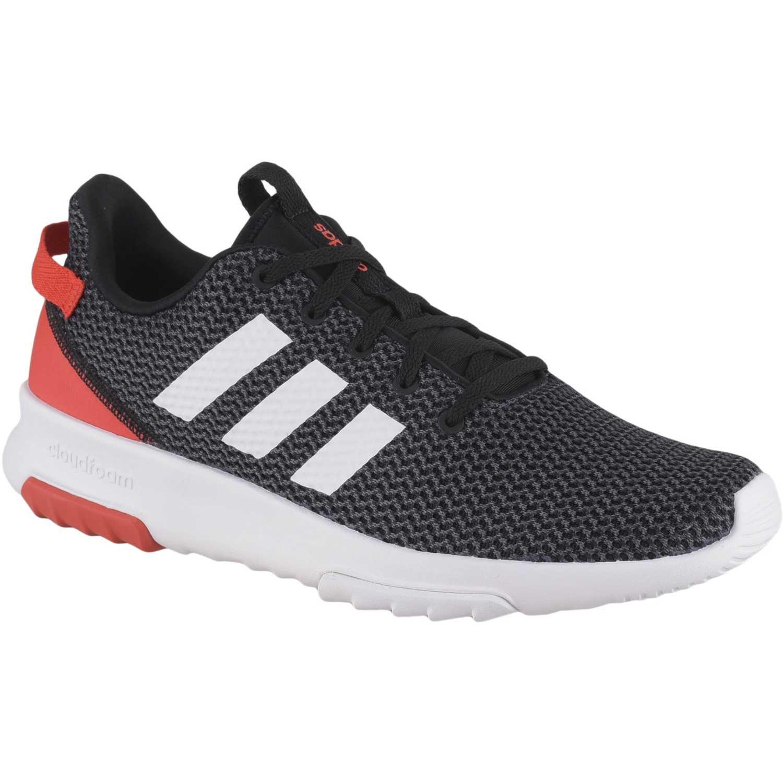 Adidas cf racer tr Negro Running en pista |