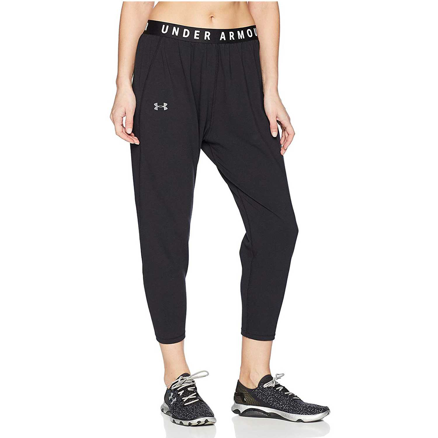 Pantalón de Mujer Under Armour Negro favorite tapered slouch-blk