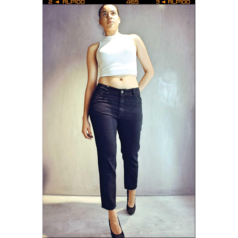 CUSTER Mom W Negro Jeans