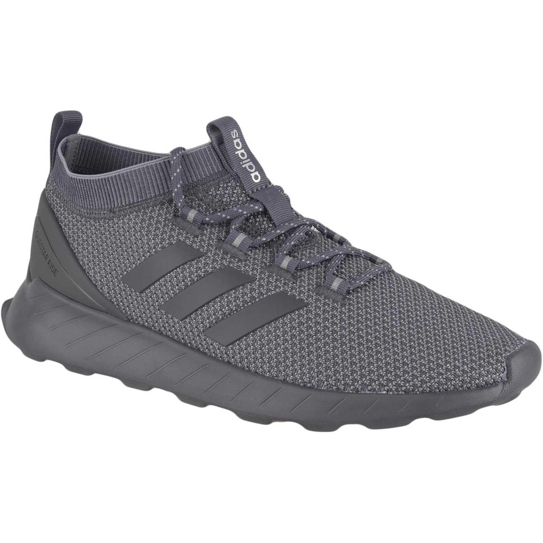 Adidas questar rise Negro Running en pista