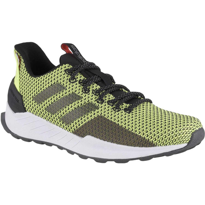 Adidas questar trail Verde Running en pista