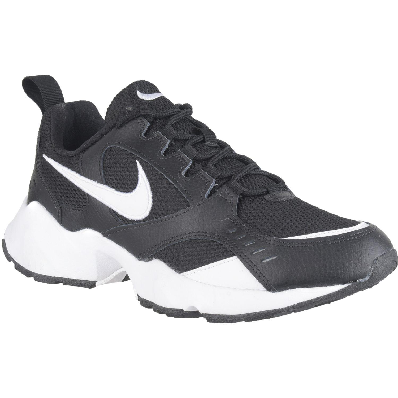 Nike Nike Air Heights Negro / blanco Para caminar