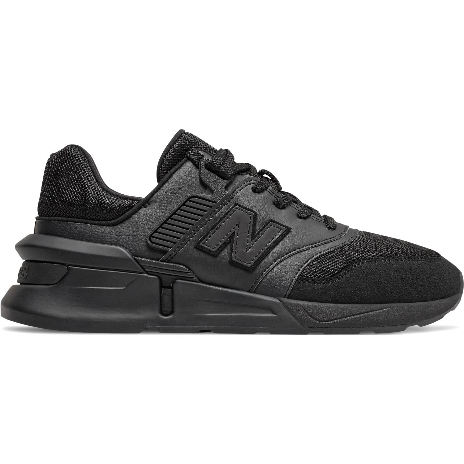 New Balance 997s Negro Walking