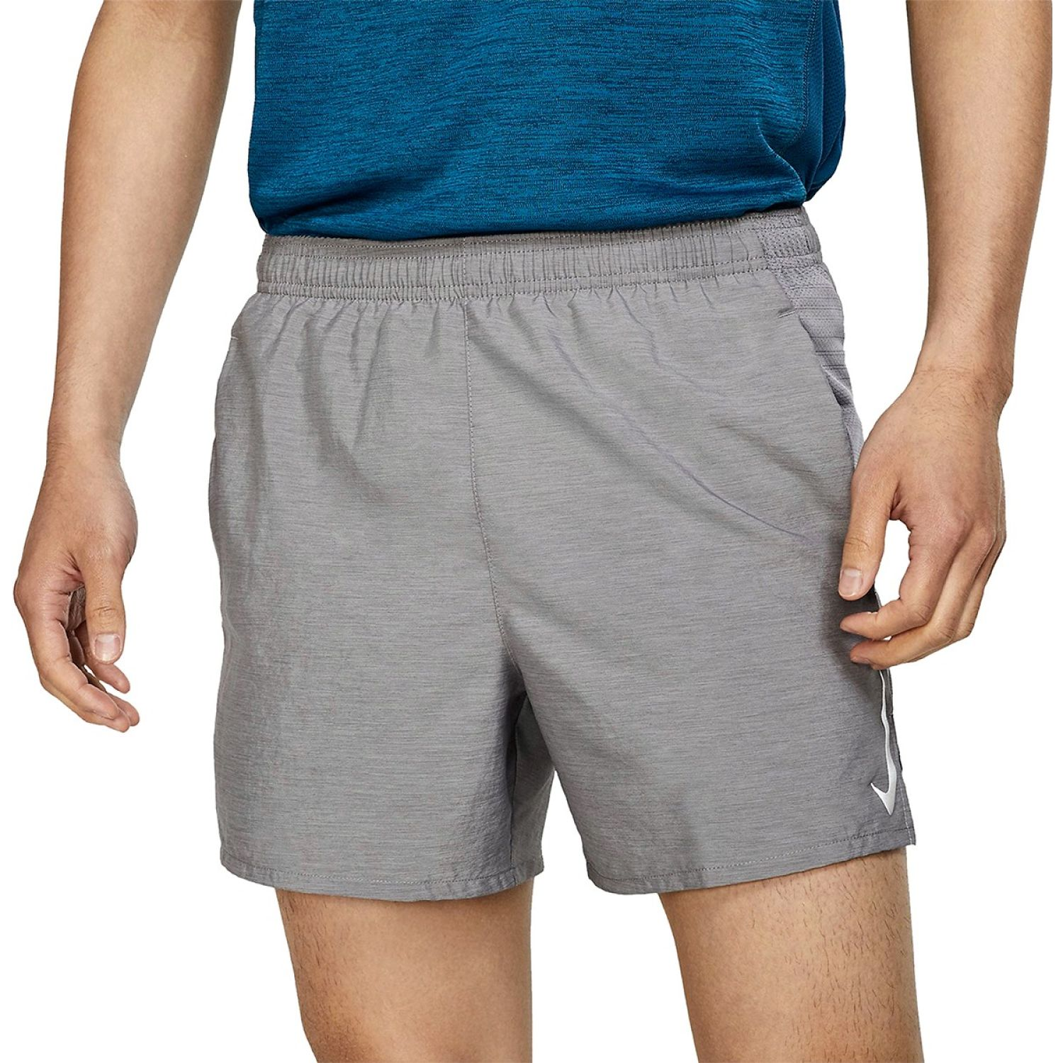Nike M NK CHLLGR SHORT 5IN BF Gris Shorts Deportivos