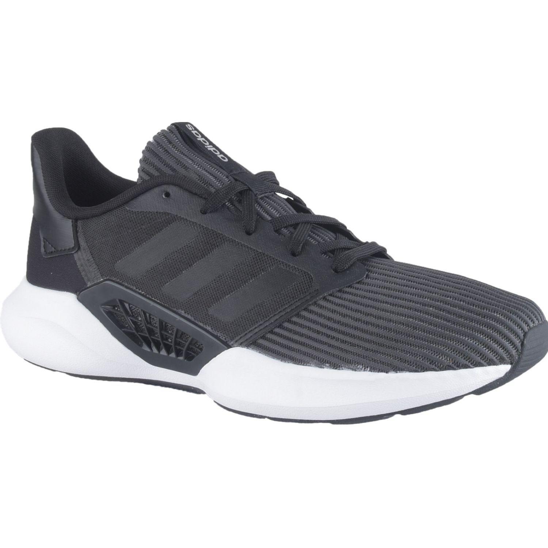 Adidas Ventice Negro Running en pista