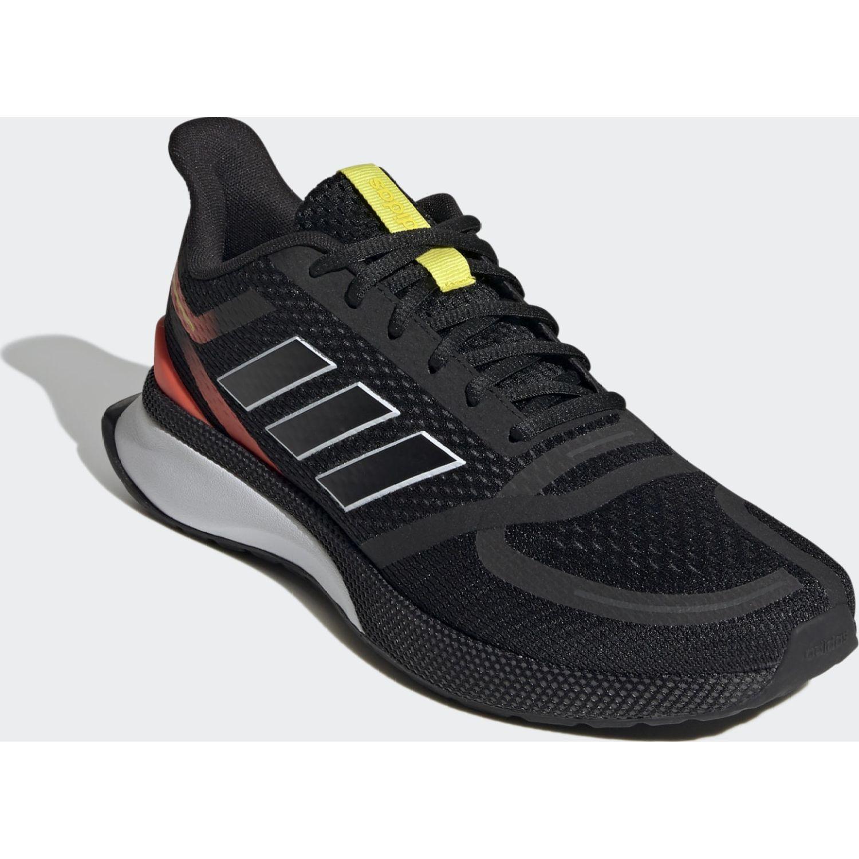 Adidas NOVAFVSE Negro / rojo Running en pista