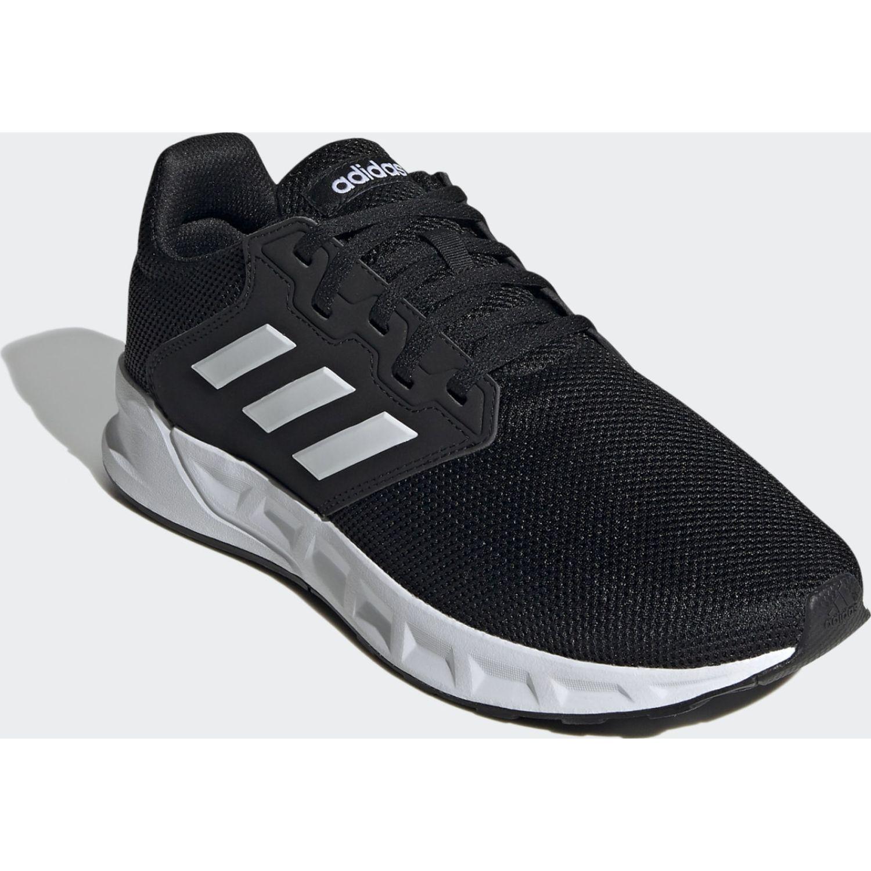 Adidas Showtheway Negro / blanco Para caminar